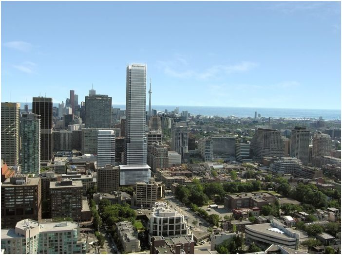 Four Seasons Condos Street View Toronto, Canada