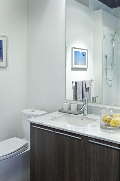 Minto 775 Condos Bathroom Toronto, Canada