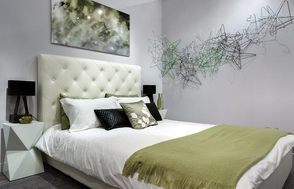 8 Gladstone Condos Bedroom View Toronto, Canada