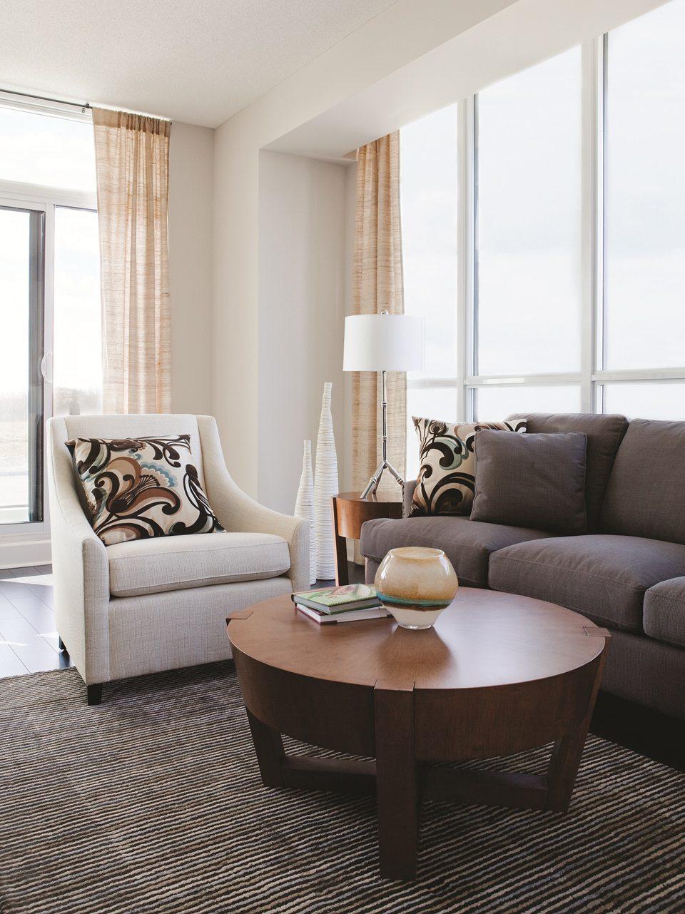 Pinnacle Uptown Crystal Condominiums Room View Toronto, Canada