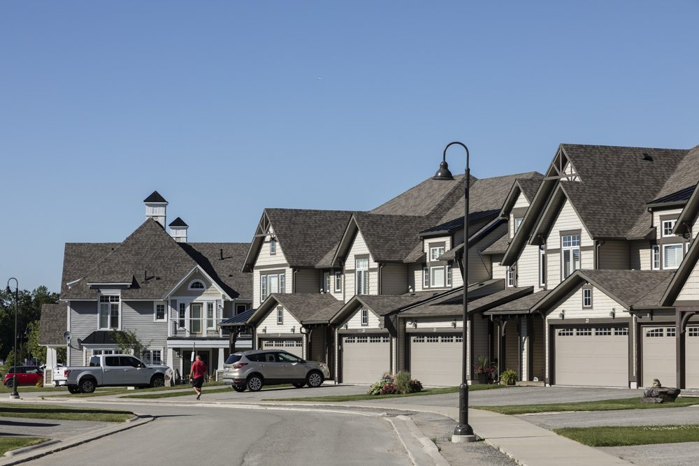 Oak Bay Condos Street View Toronto, Canada