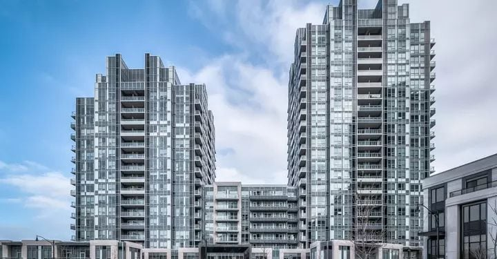 Exterior image of the Aristo at Avonshire in Toronto