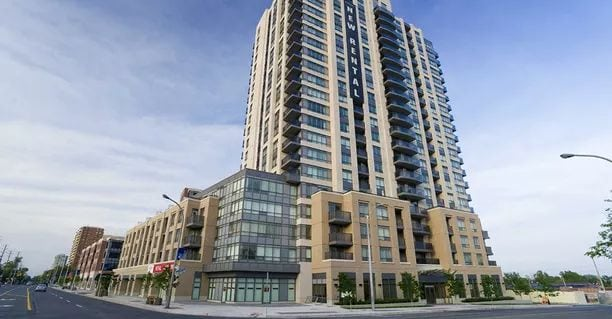 Exterior image of the Serrano in Toronto