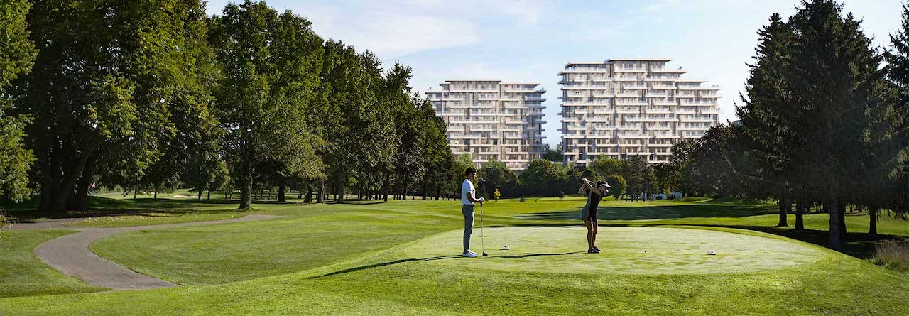 Rendering of Ladies' Golf Club Toronto with Royal Bayview Condos in the background.